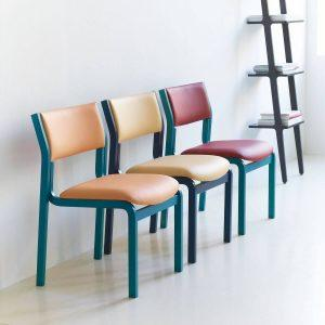 Farvede stabelstole fra Fastoflex serien - nummer 2310