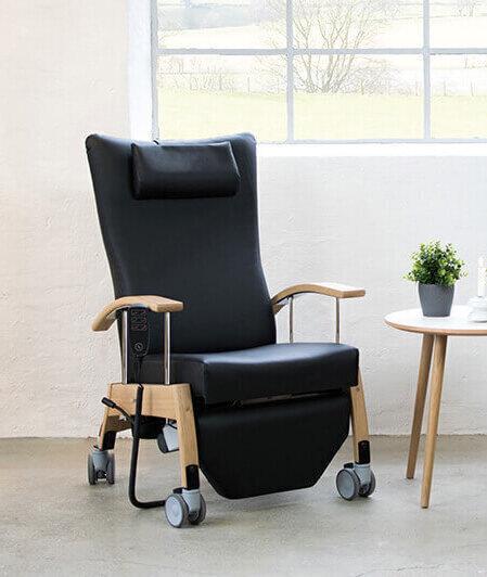 Home-line 6341, sort funktionstol med bøgestel og mange funktioner