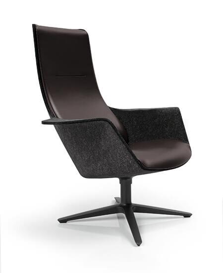 Woom 74 lænestol i mørk grå, uden øre, med drejefod